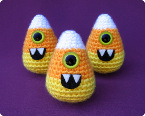 Free Amigurumi Patterns Halloween : Free Crochet Pattern: Candy-clops