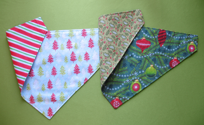 Christmas Dog Bandanas Sewing Project