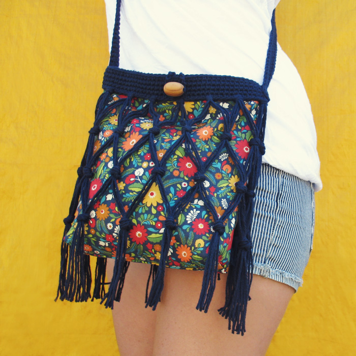 Crochet Fringe Bag : Free Crochet & Sewing Pattern: Floral Fringe Bag Tutorial